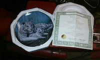 White Tiger collectible plate and vacuums