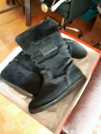 Guess winter boots  Toronto, M3A 3R7