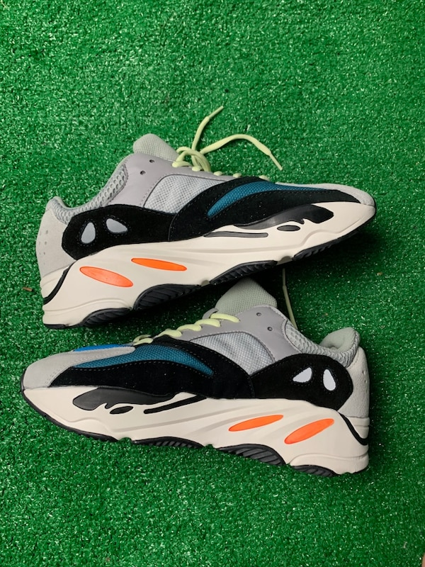 classic fit 1e820 882a2 Yeezy 700 wave runner size 11 no box new r.e.p.s Trade off white Jordan 1  Chicago Travis Scott adidas 700 Kanye West kith supreme bape