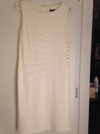 Ivanka Trump's white sleeveless dress Burnaby, V5C 1R2