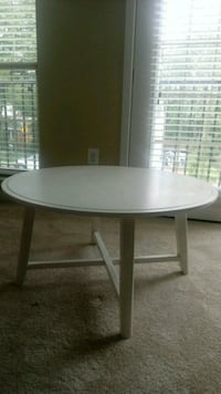 Ikea coffee table Falls Church, 22042