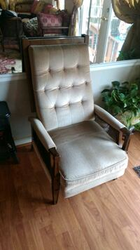 Recliner Chair Alexandria, 22315