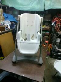 even Flo high chair.