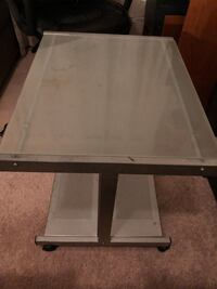 Tempered glass small table desk computer nightstand study on wheels 22.5Hx24Wx19.25L good condition Vienna, 22180