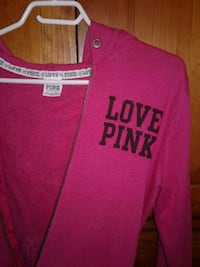 Pink zip up sweater  Moncton, E1H