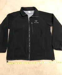Arc'teryx Full ZIP Jacket (Fleece outer). Fits size medium/large Surrey, V3S