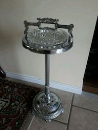 gray stainless steel stand Kingsville, N0R 1B0