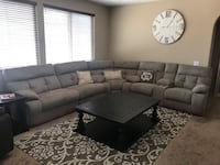 Large Sectional w/All power recliners Menifee, 92585