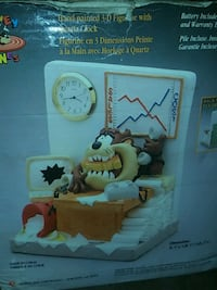 Looney too taz 3 D quartz clock.  Reduced
