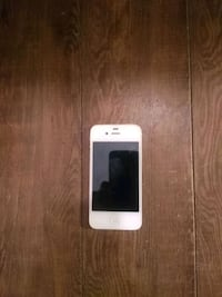 Iphone 4s white $40 Burnaby, V5A 3W1