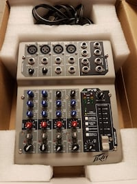 PEAVEY PV6 6 channel mixer MINT CONDITION.