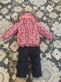 Girl snowsuit, 7-8 y.o. washable, fur and hood are removable Lake Zurich