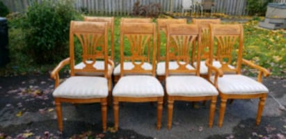 8 dining wood chairs