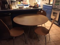 40-inch Wood Round Table Costa Mesa, 92626