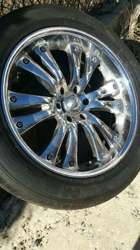 chrome 12 spoke car wheel