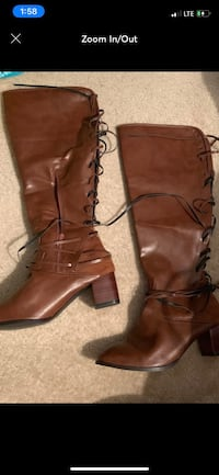 pair of brown leather boots Bunker Hill, 25413