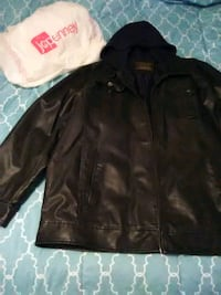 Men's leather jacket North Little Rock, 72114