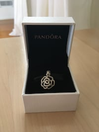 Pandora Rose Dangle Charm Brand New in Box Toronto, M9A 1H9