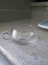 clear glass bowl with lid 2262 mi
