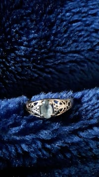 Aqua Marine birthstone ring size 7 diamond 10kgold