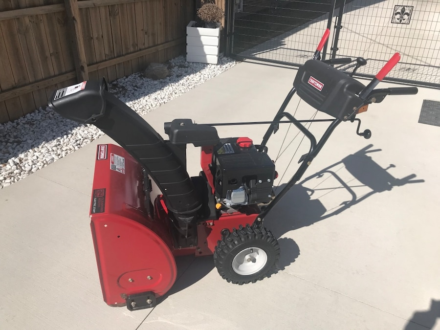 """Photo Snowblower-Craftsman 24"""" / 6.2HP With Electric Start"""