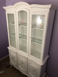 White Glass Hutch with bottom storage, you haul  Brooklyn, 21225
