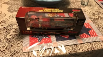 Snap-on tools toy truck with storage case