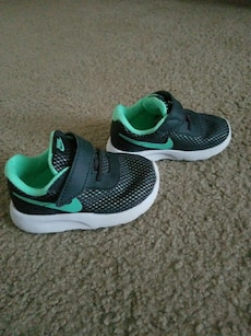 Nike Size 5 but fit like 4