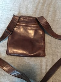 Rudsak  Brown leather crossbody bag  Montréal, H1J 2A6