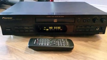 Pioneer text writable cd recorder