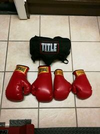 Boxing gloves (1-9oz&1-12oz)& No Foul Boxing Groin Mississauga, L5V 1H6