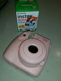 white Fujifilm Instax Mini 8 with box Stockton, 95206