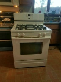 Maytag gas stove Westminster, 21158