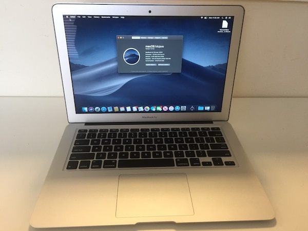 "MacBook Air 13"" 2017 model 128gb . *Excellent Like new condition  449fcb5f-06e3-4e39-b10e-8ef0df42a293"
