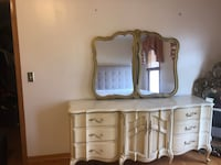 Antique Bedroom set  Westmont, 60559