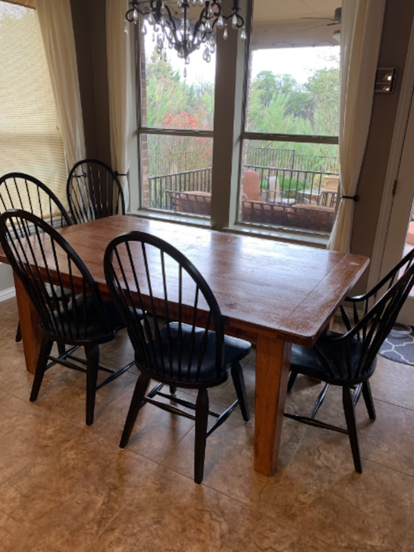 Used Broyhill Attic Heirlooms Dining Table For Sale In