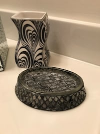 Nice Black ,White , Silver Bath Accessary Decor