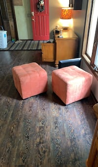 Orange Ottomans/ foot rests Omaha, 68144