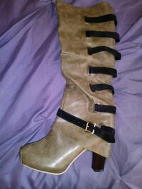 Sexy Army Green Size 8.5 boots!