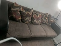 Couch and Loveseat set Fayetteville, 72701