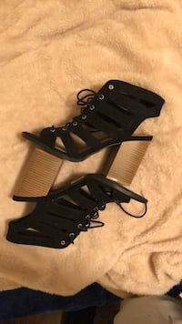 Black block heel.