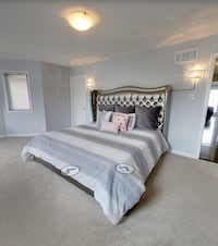 King size bed Mississauga, L5R 3H4