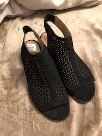 Black Small Heeled shoes