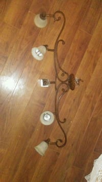 Very nice chandelier for kitchen or dining room Portland, 97236