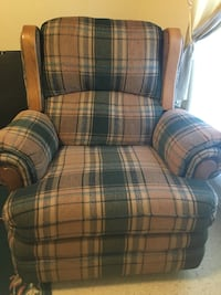 Brown and green plaid sofa chair Washington, 20024