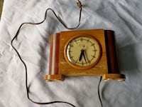 Table Clock - Wooden / Antique Bronx, 10469