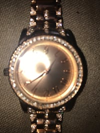 rose gold watch with crystals Edmonton, T5E 2Z7