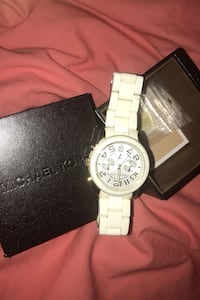 GREAT CRISTMAS! White Michel kors watch Vaughan, L6A 1J7
