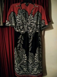 Medium sundress size 8 Chapin, 29036