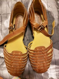 Softspots sandals sz 6 Des Moines, 50316
